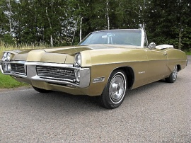 mobile_Pontiac Catalina Convertible