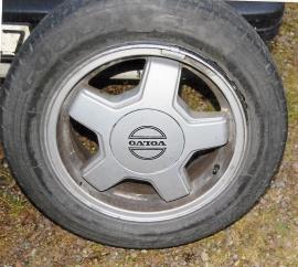 Däck på fälg Volvo
