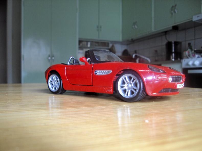 1:24 BMW Z8 Cabriolet