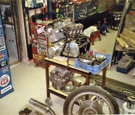 Papper, motor och div Suzuki 1000 cc