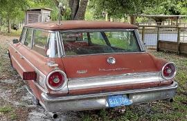 Country Sedan