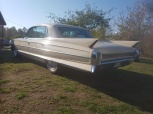 mobile_Cadillac Fleetwood -62
