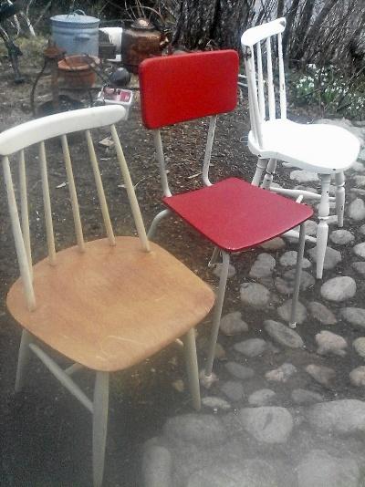 Olika och udda stolar