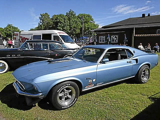 1969 Ford Mustang Sport roof