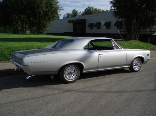 Pontiac LeMans -66