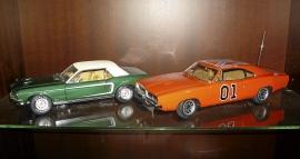 Dukes of Hazzard 1969 Dodge Charger i plåt 1:18
