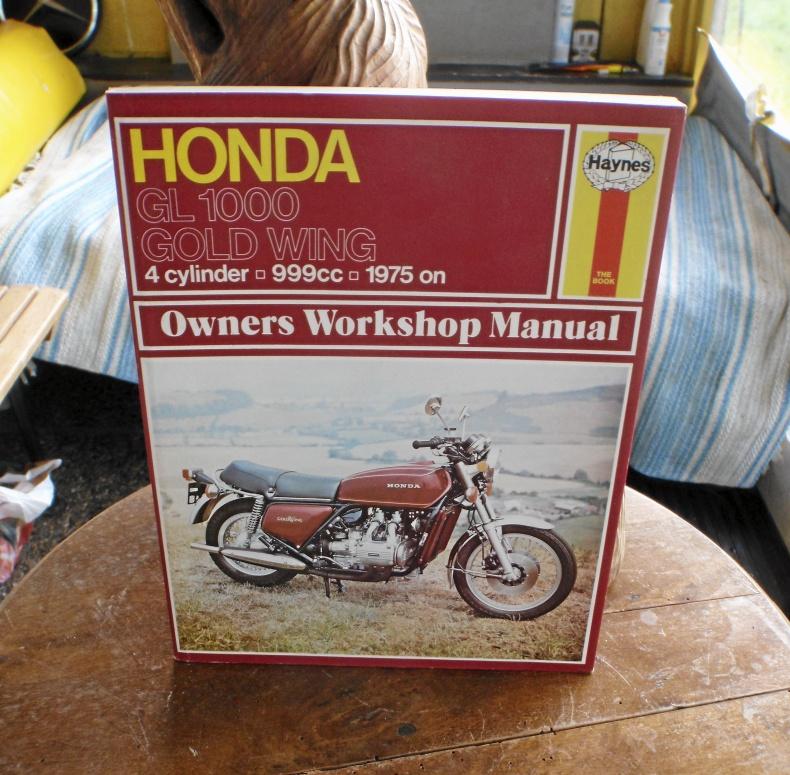 Honda Gold Wing GL1000!