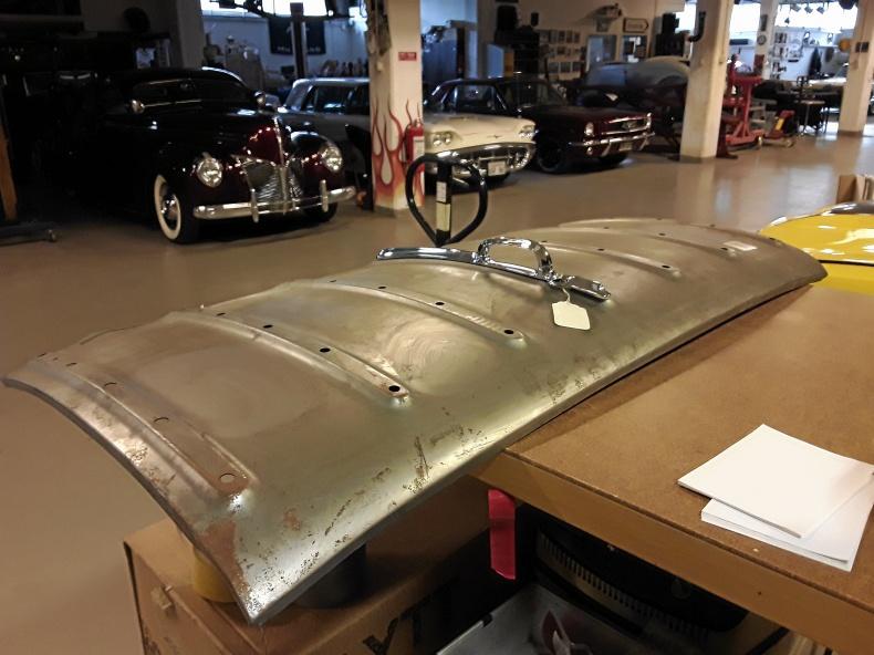 Chevrolet 1958 mm