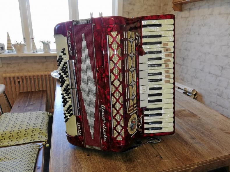 Piano dragspel
