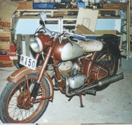 Monark M400