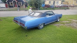 mobile_Plymouth sport fury cab - 67