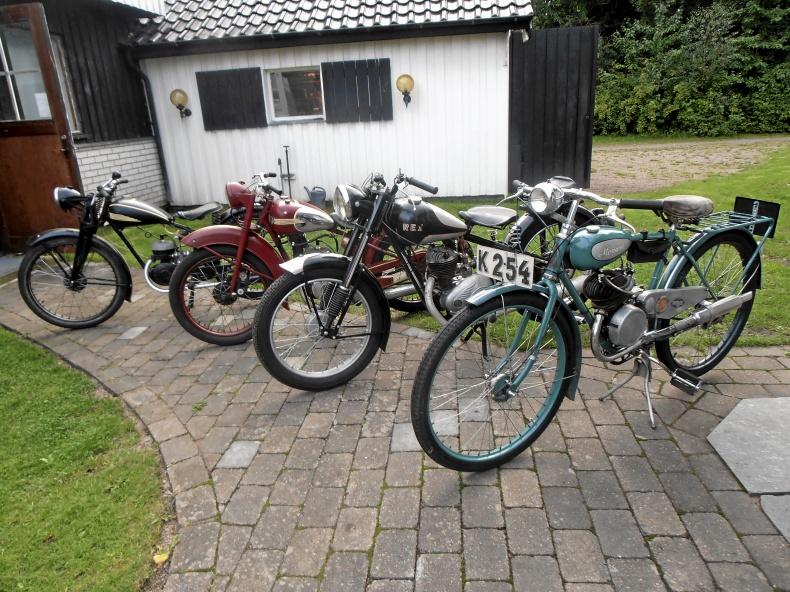 mobile_Gamla motorcyklar