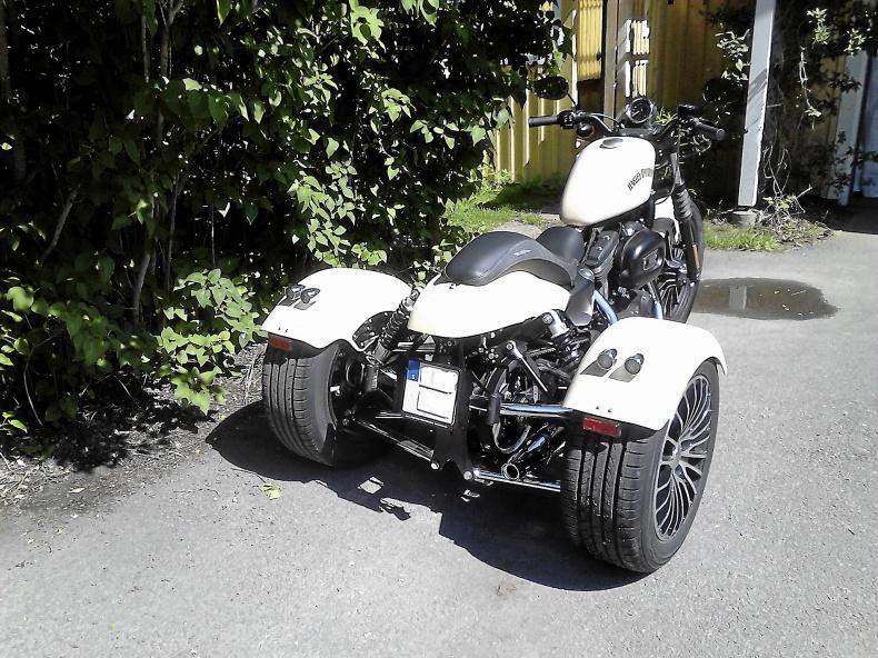 HD Trike sportster 883 cc