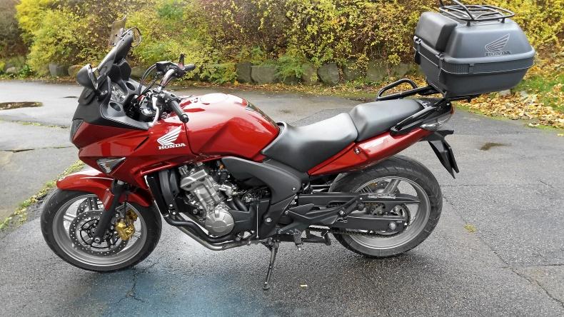 mobile_Honda CBF 600 SA