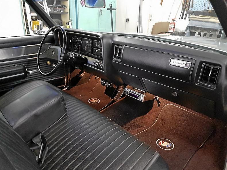 Buick Wildcat Cab
