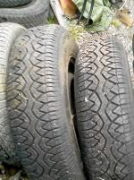 2 st  oanvända däck 185/4 på  beg fälgar MB 123