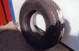 Michelin 225/75 R16CP