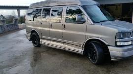 Cheva Van AWD