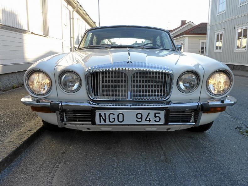 Daimler Double-Six Sovereign