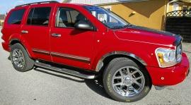 mobile_Dodge Durango SLT V8 med Låga Mil