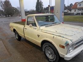 Chevrolet Custom Pickup