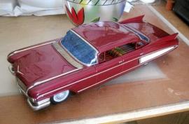 Cadillac 1960 stor plåtbil