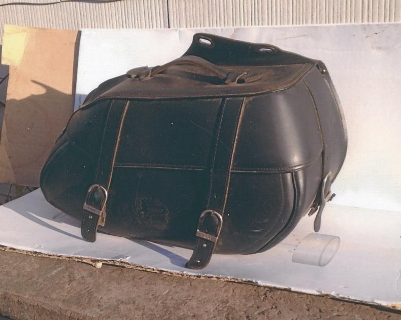 Sadelväska till motorcykel