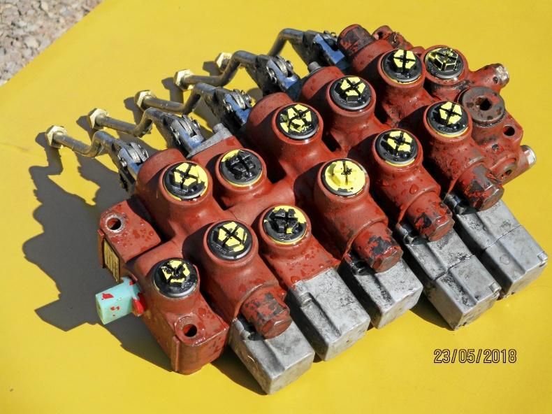 Ventilpaket till hydraulkranar