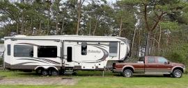 Columbus trailer med Ford 350 superduty dragbil