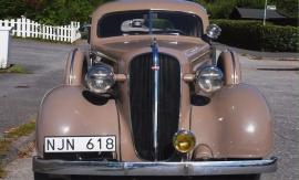 mobile_Chevrolet Sedan