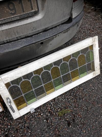 Fönsterbåge för 8 rutor, blyinfattat, dubbelkopplat