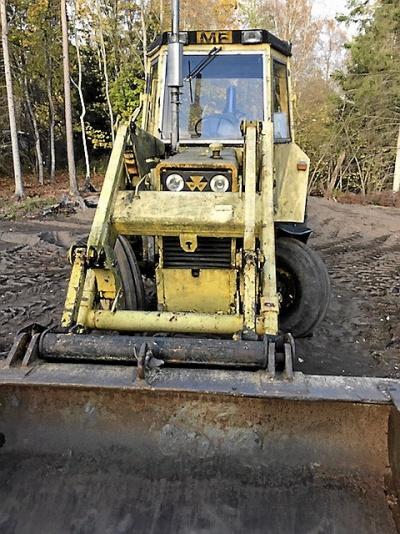 Traktorgrävare Massey Ferguson 50 B