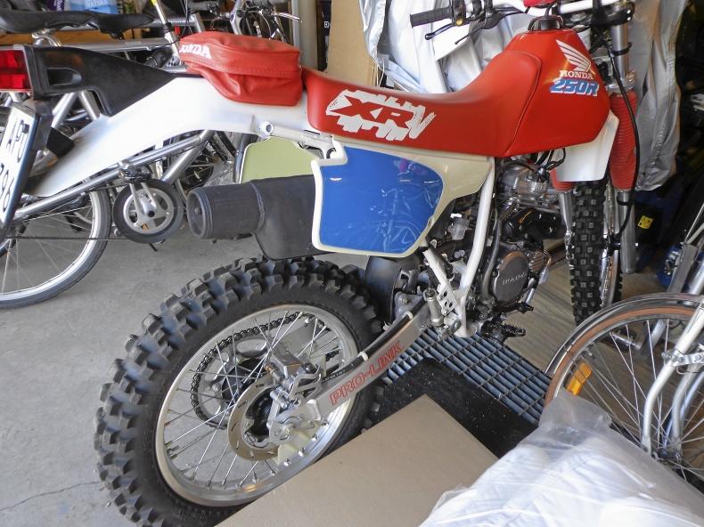 mobile_HONDA XR 250 R