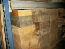 Grova plank och lämvirke