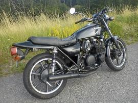 MC Kawasaki Z650-F2
