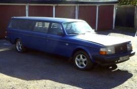 Volvo 245 limo