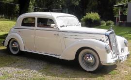 Mercedes-Benz 220 W187 Limousine