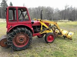 Traktor T-230/sädes-spånskruv/tallriks-harvar/T-24