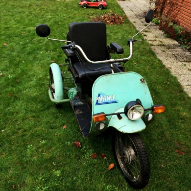 mobile_Partner by Norsjö en trehjulig moped