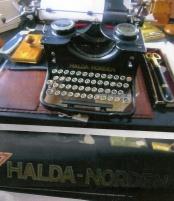 Skrivmaskin Halda Norden