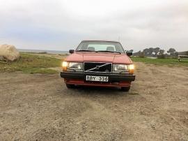Volvo 744 rostfri kaross och dragkrok