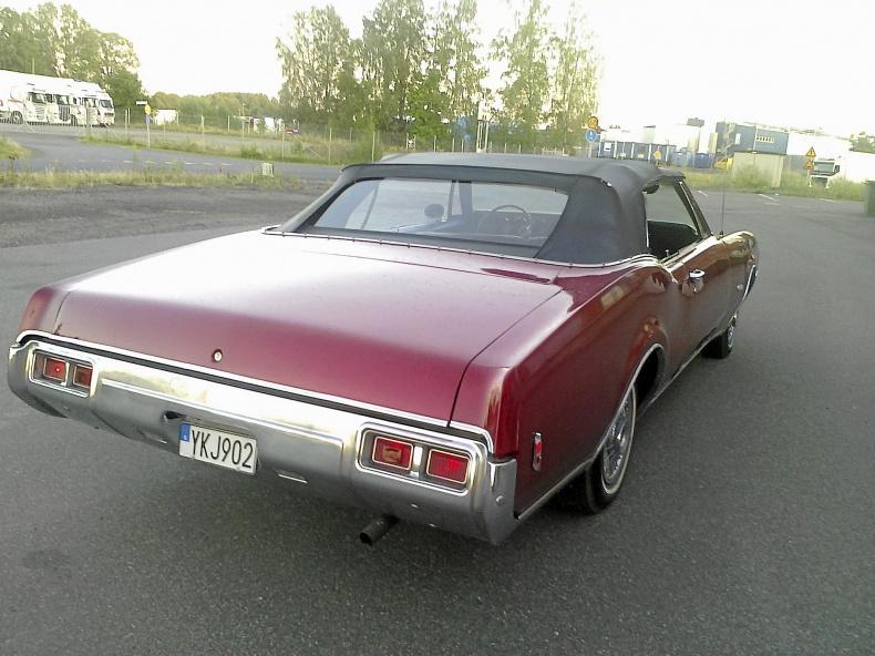 Oldsmobile Delmonte