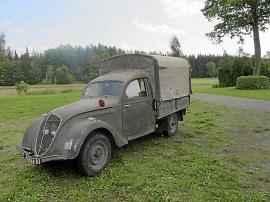 Peugeot 202 UH Camion