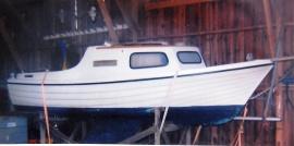 Segelbåt Monark ruffad.