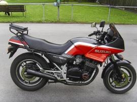 Suzuki GSX 750ES