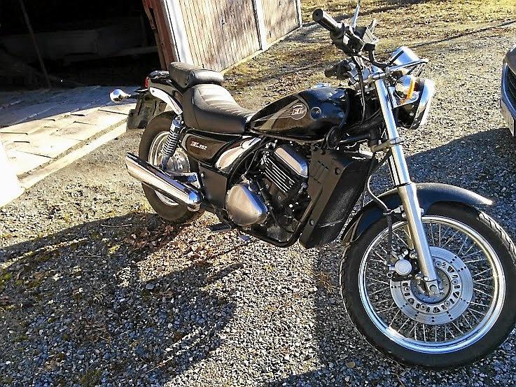mobile_Kawasaki El250 B