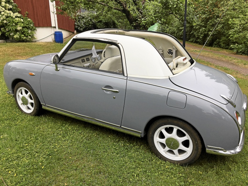 Nissan Figaro cabriolet