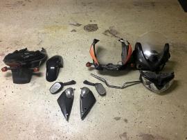 Suzuki Bandit -00 Karossdelar beg