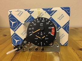 MB-klocka med varvräknare