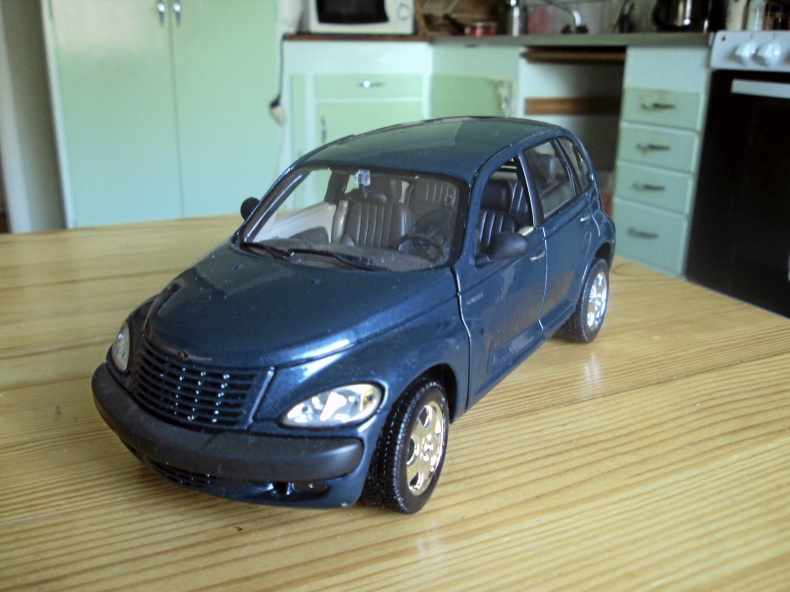 1:18 CHRYSLER CRUSIER